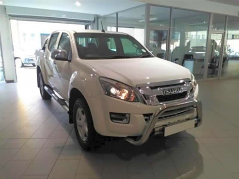 2015 Isuzu Kb Series 300 D Teq Lx Double Cab Bakkie Auto For Sale