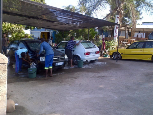 Car Wash and Salon