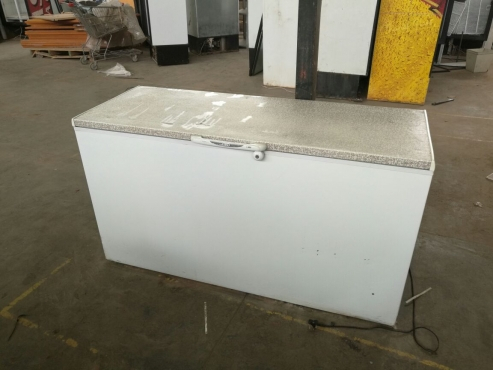 Display Fridge Double Door In Very Good Conditions Junk Mail