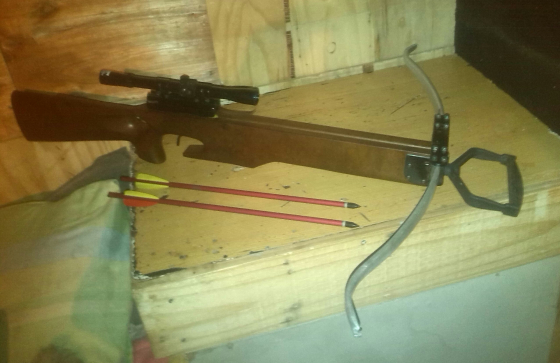 Crisbow MK 2 with Scope & 2 Arrows (Only needs new Bow String)