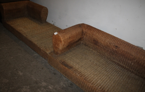 L-shape cane couch S