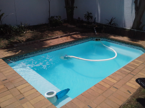 "Blairgowrie Pool Clean Repairs/ ""POOL REPAIRS and SPARLING RESULTS Specialists "" - ""Marlin Pool"""