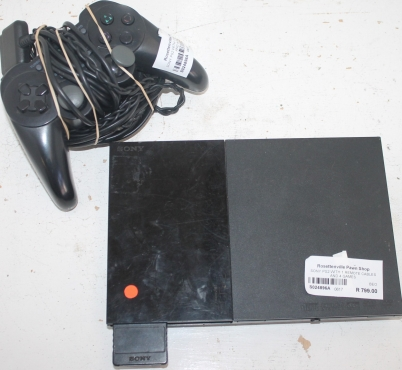 Sony PS2 with 4 game