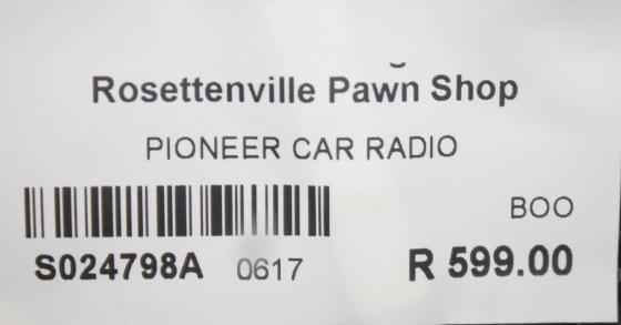 Car radio S024798a