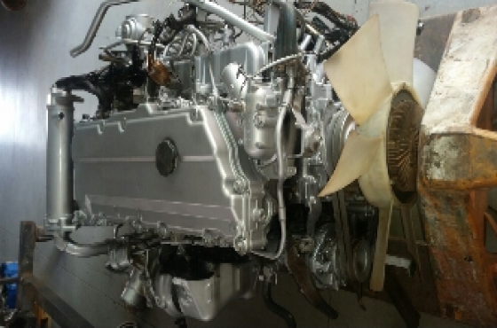 Isuzu 4hk1 engine and gearboxs | Junk Mail