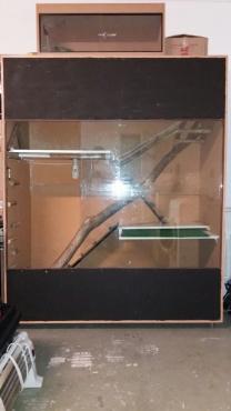 Reptile Cage for sale R600