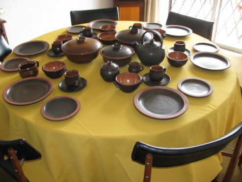 12 Seating Liebermann Dinnerware Set