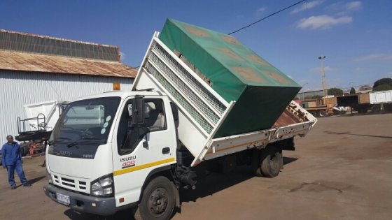 Isuzu, NPR, 400, Dropside & Side Tipper Truck