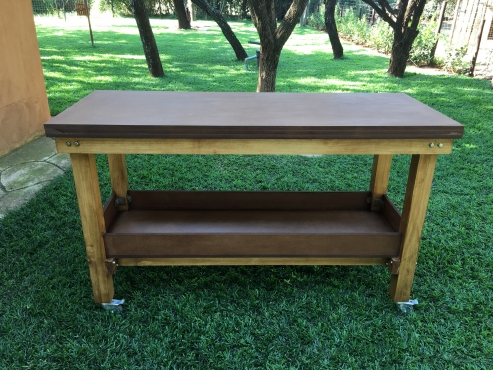 SOLID AND STURDY WORKBENCHES FOR SALE