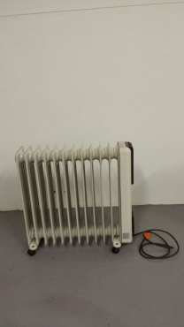 DeLonghi 2500W Heater