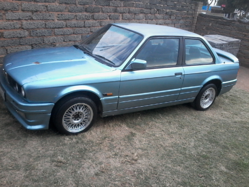 325i E30 In BMW Johannesburg