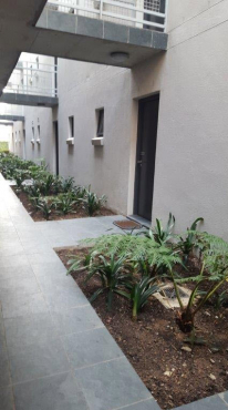 Observatory 1 bedroom w/privategarden-coveredparkingbay-pool-24hr security-gym-laundry-chill areas