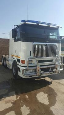 International Truck, 9800i, (6×4)