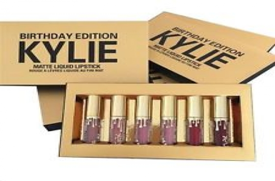 Kylie Jenner birthday edition, amazing colours