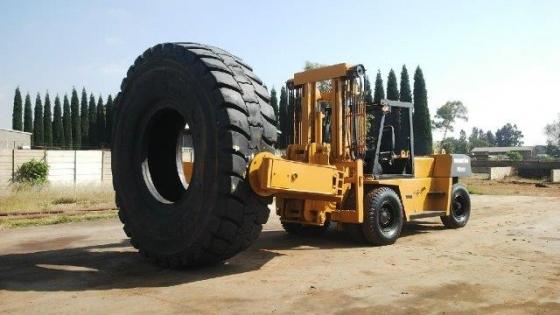 13.5 ton Komatsu for
