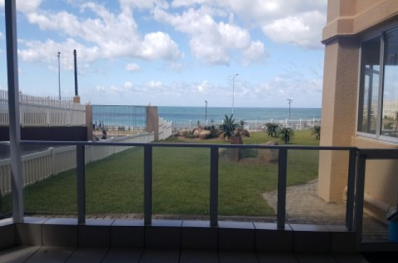 Beachfront Unit with 180 degree seaview