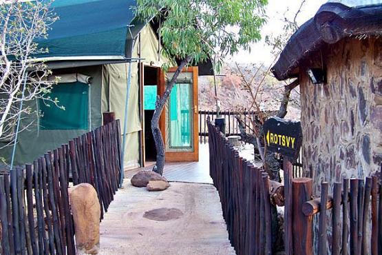 BelaBela/Warmbaths – Zyndrandt Waterberg Safari  Camp on game farm –private jacuzzis