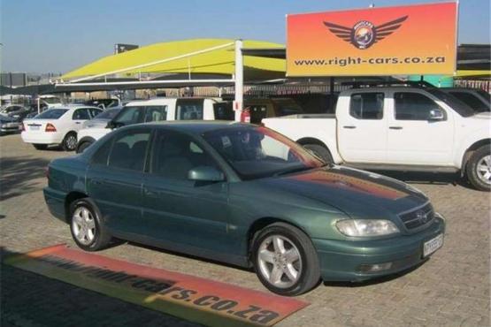 Opel Omega 2.2i Auto