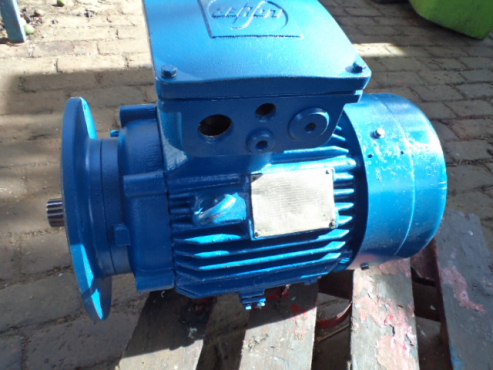 7.5 kw 380 volt flameproof. splined drive electric motor