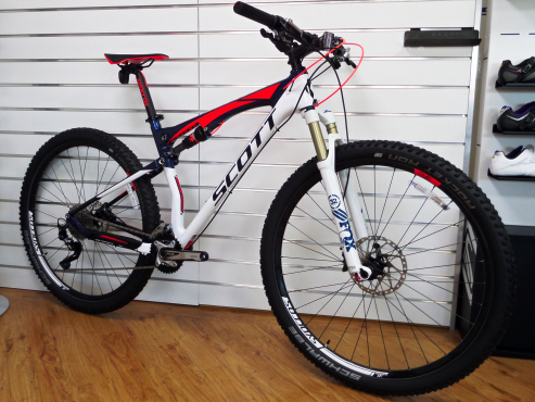 Bicycle - Mountain Bike - Scott Spark 930 Carbon 29ER Mountain Bike