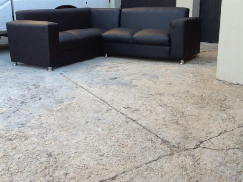new leather corner lounge suite