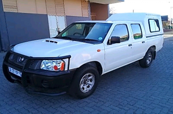 2012 Nissan Hardbody 2 5D D/C Diesel Bakkie Great Condition