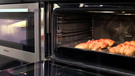 BRAND NEW MIELE H6860BP - M-Touch Oven
