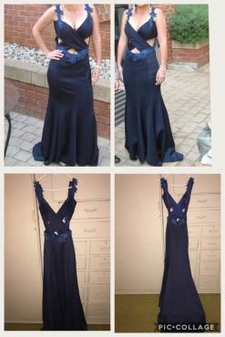 Navy dress size 6-8