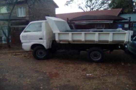 Isuzu tipper R35 000