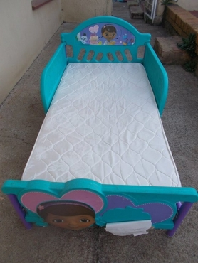 Girls toddler bed and mattress