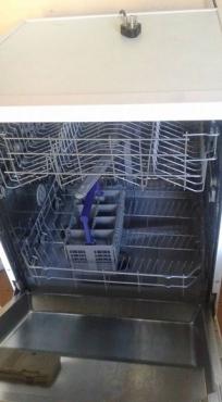 Dish washer 12 setting