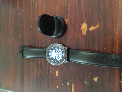 Samsung gear s2 classic Negotiable