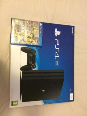 PS4 PRO 1TB Console Comes With FIFA 2017 Game