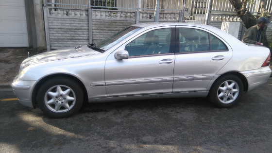 Mercedes Benz C200 Kompressor 2003 Junk Mail