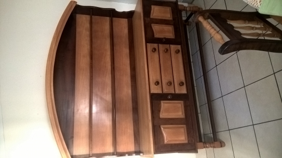 R 9 999 For Sale Yellowwood And Imbuia Dining Room Suite In Exelent Condition East London