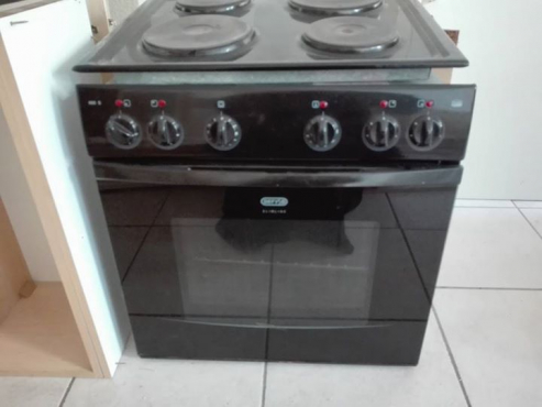 Defy oven in good condition with stove top and extractor for Kitchen appliances cape town