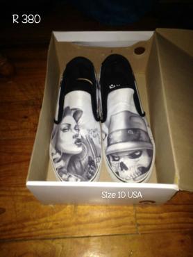 Osiris Scoop White/ Black Abel Slip on Shoes