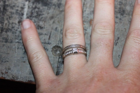 041db910dbfd Wedding Ring + Engagement Ring (2 rings) for sale