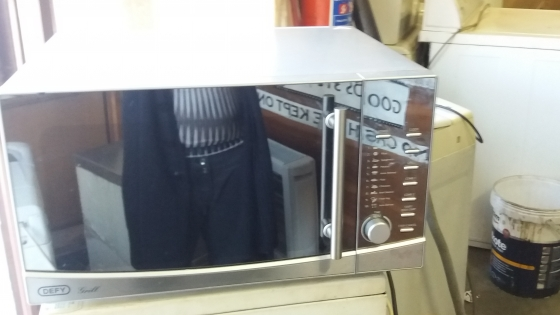 Defy microwave syil new and working 100%
