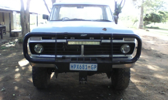 1974 ford f250 4x4 with lexus v8 conversion.   junk mail