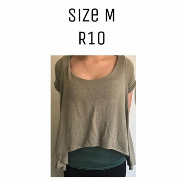 Medium green top for sale