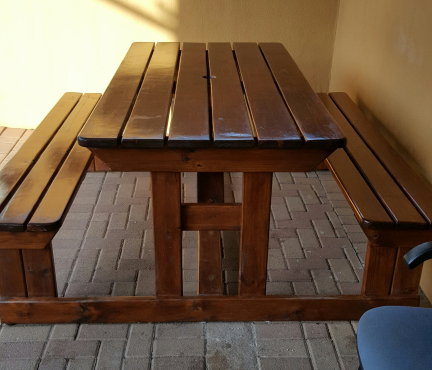 Wooden bankie for sale. wooden patio furniture in Garden and Patio Furniture in Pretoria