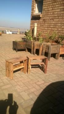 Wooden potplantholder