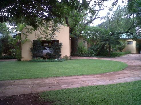 Plot near Bela-Bela with house