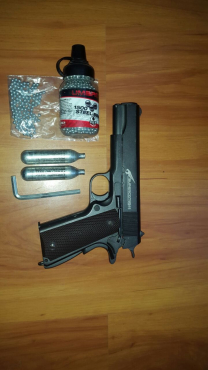 Colt 1911 full metal gas gun for sale r1500 neg
