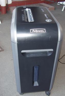 Fellowes Powershred 99Ci Shredder -17 Sheet | Cross Cut