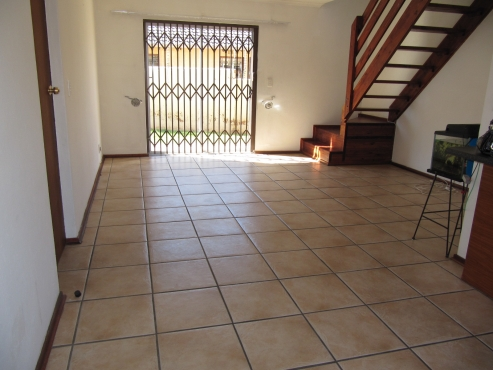 A welcoming 3 bedroom 2 bathroom townhouse in a secure complex for rent- Sundowner Brushwood Estates