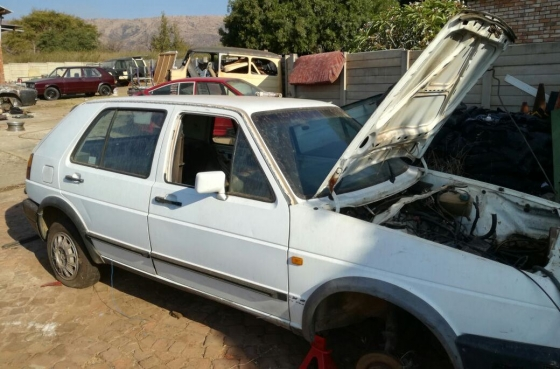 Volkswagen Golf GTi 16 Valve with papers, body & engine for sale to complete as a project.