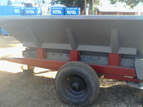 ROVIC LIME SPREADER
