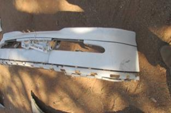 1997 Mercedes Benz C Class Front Bumper White For Sale